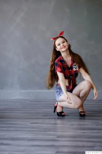 Anna Volkodav00286